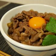 牛丼(牛切り落としを使った調理例)